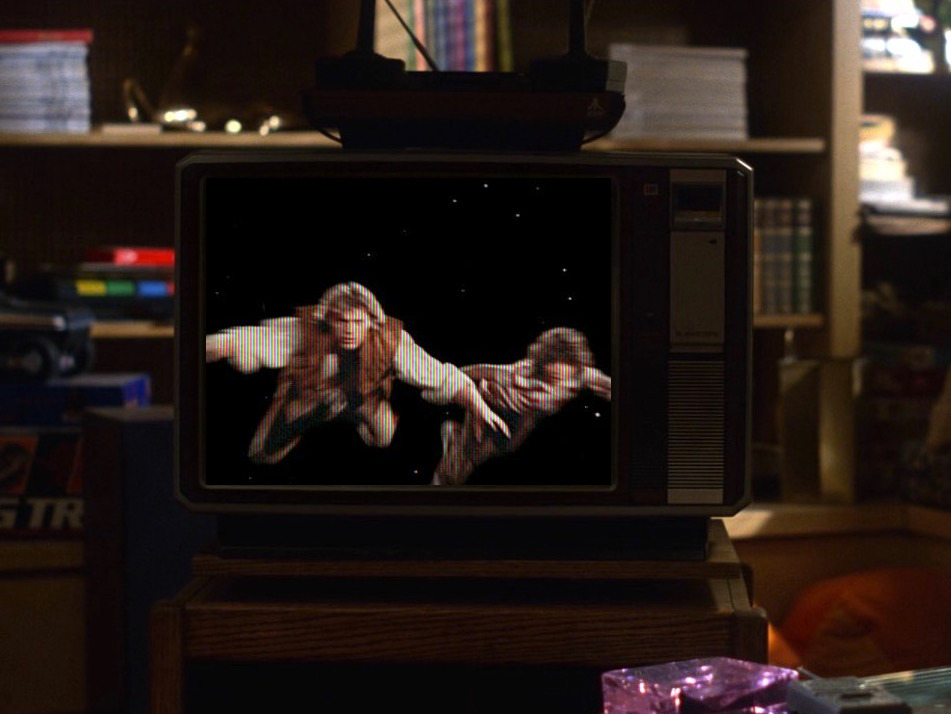 1982-Voyagers on TV Screen